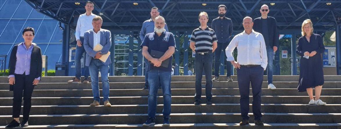 Les 10 membres fondateurs de la LEA forment le conseil d'administration au Luxembourg.